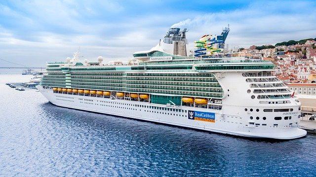 cruise-4723489_640