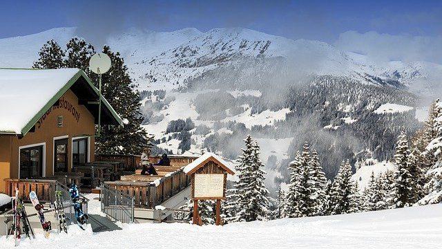 snow-3084112_640